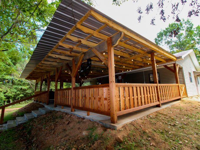 The Front Porch – 2 BR/2Bath – Sleeps 6